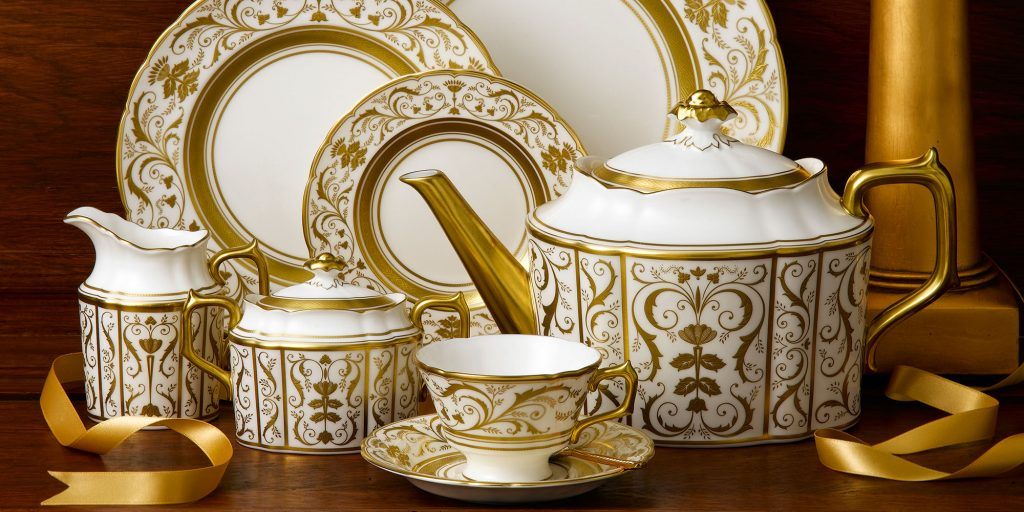 Luxury tableware sets to suit every setting